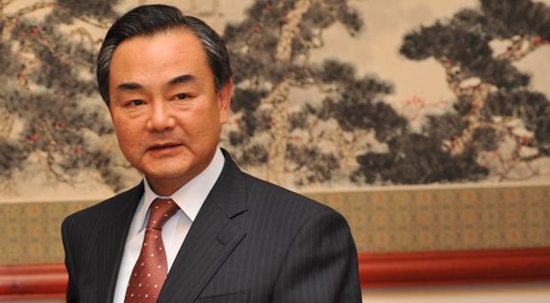 Pequim ajudará a recuperar rublo 'caso necessário', diz ministro chinês