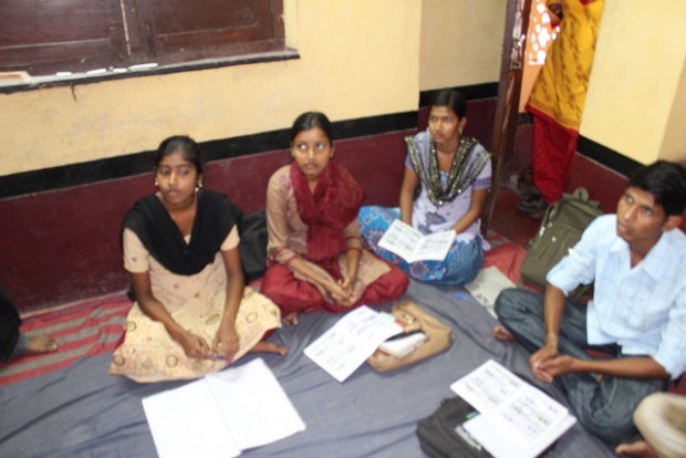 Students in Bankura West Bengal India, Source GPE/Deepa Srikantaiah, 2012