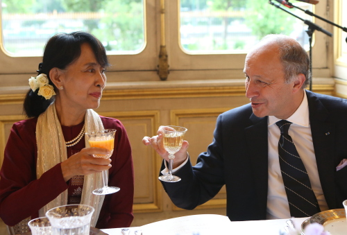 Source: French foreign minister Laurent Fabius and Myanmar opposition leader Aung San Suu Kyi in Paris, France, June 2012. Fabius is the first French government official to deliver a policy speech at the ASEAN headquarters.