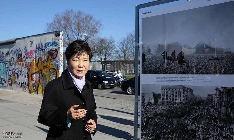 President Park addressing the media following a tour of the Berlin Wall, March 27, 2014. Source: Korea.net's flickr photostream, used under a creative commons license.