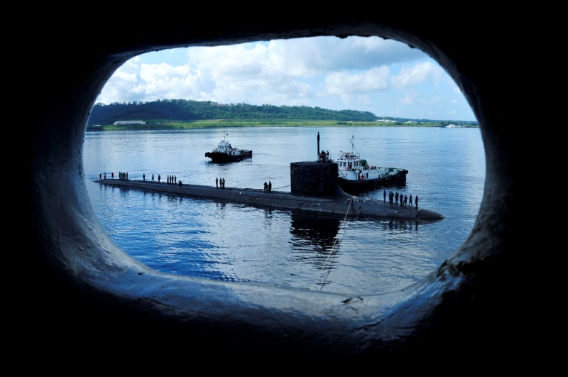 U.S. fast attack submarine moored in Subic Bay, Philliphines. Source: Subpac PAO's flickr photostream, U.S. Government work.